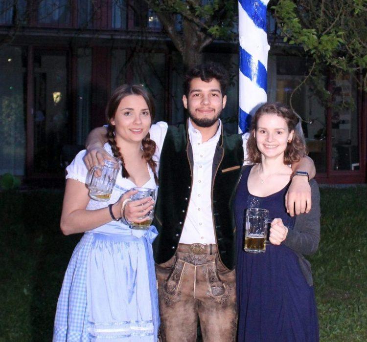 Claudia, Daud, Leonie